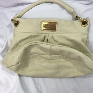 Marc By Marc Jacobs Bags - Marc by Marc Jacobs Cream Leather Hobo Hillier Bag
